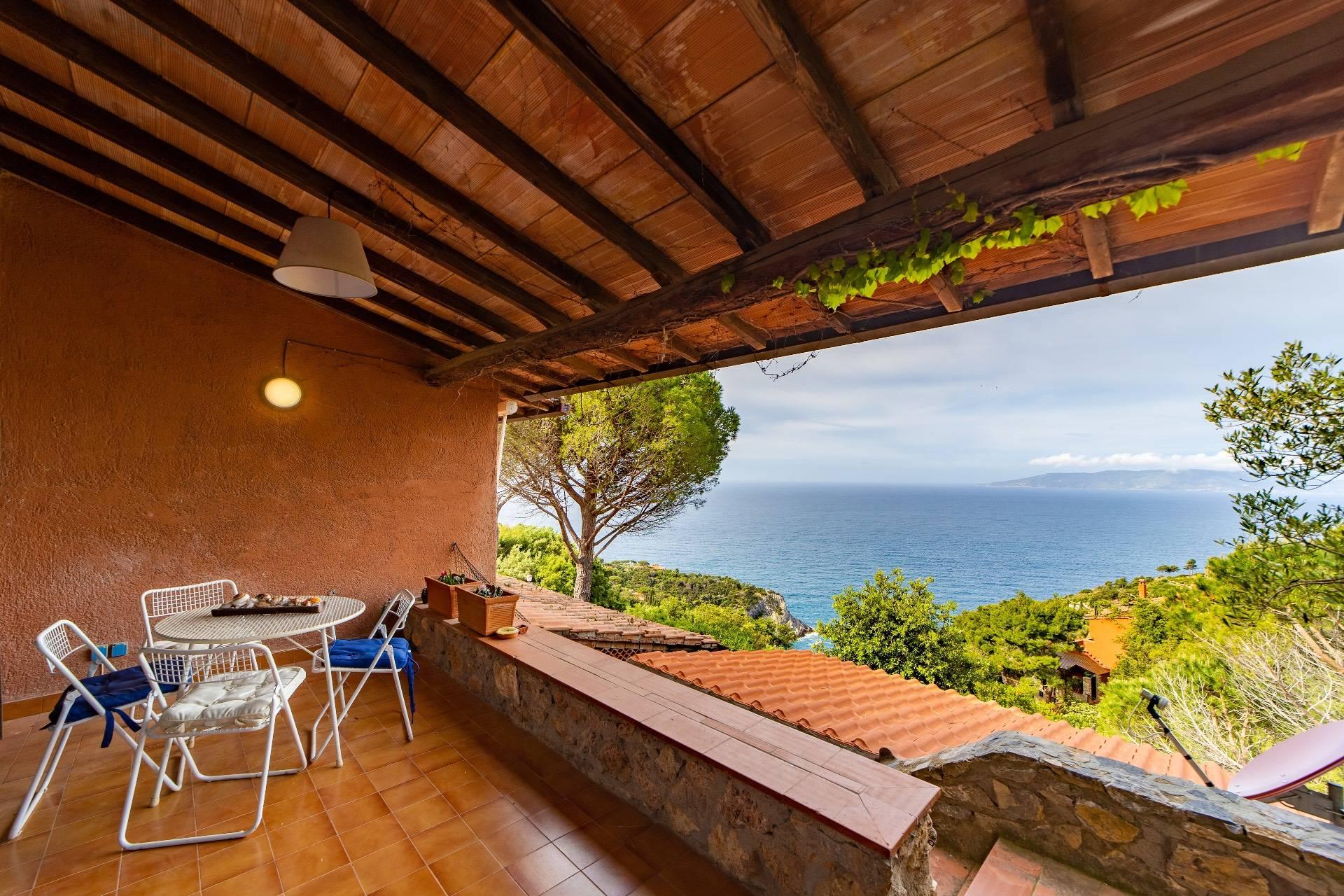 Appartamento in affitto a Monte Argentario, 2 locali, zona Località: CalaPiccola, prezzo € 1.300 | CambioCasa.it