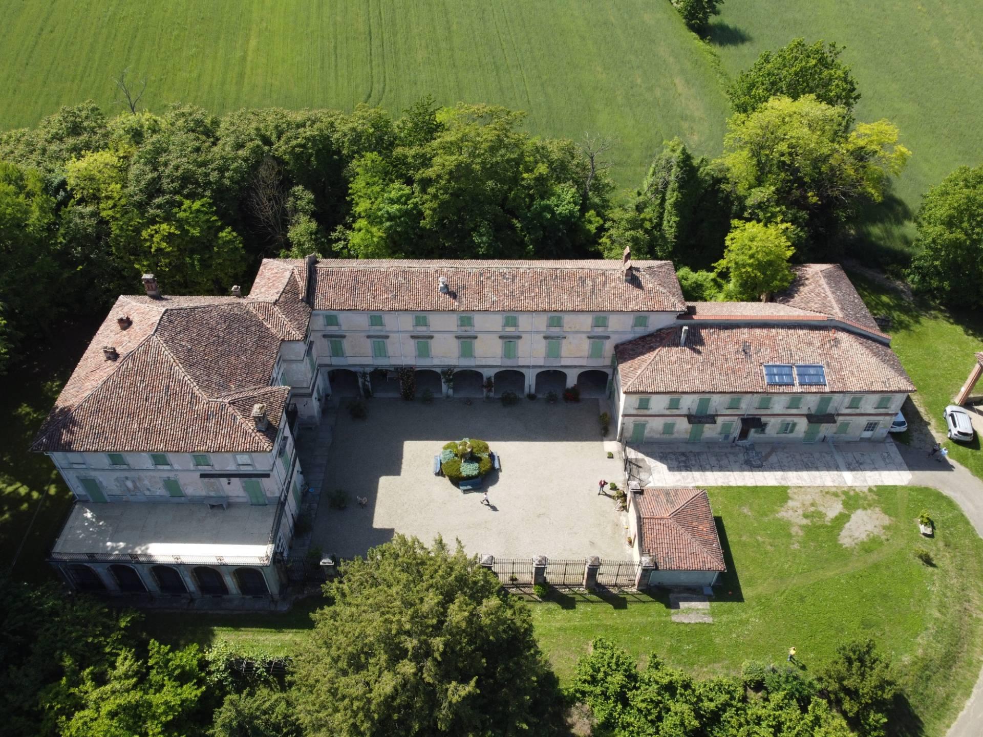 Rustico / Casale in vendita a Valenza, 38 locali, prezzo € 580.000   PortaleAgenzieImmobiliari.it