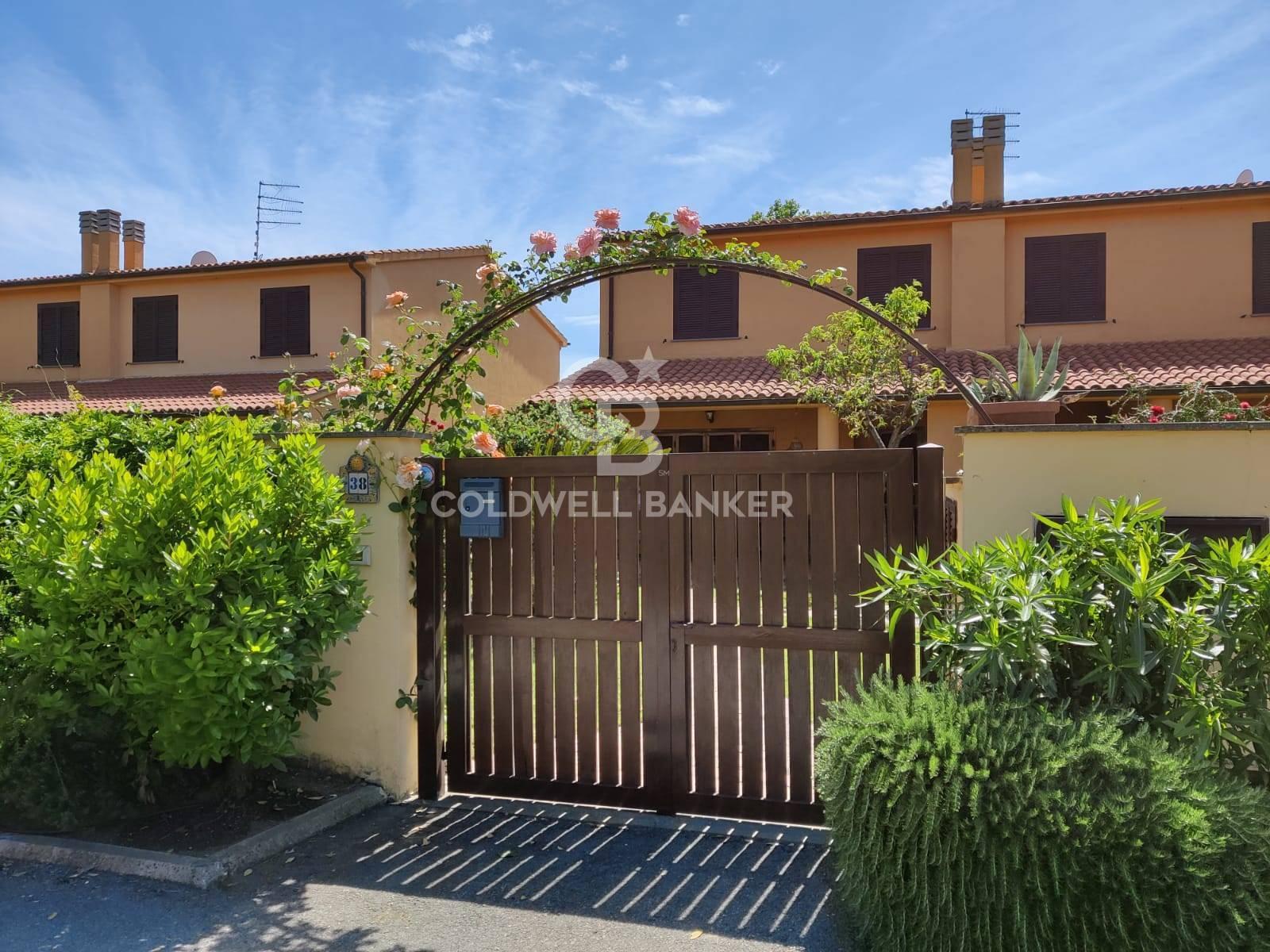 Villa a Schiera in vendita a Montalto di Castro, 3 locali, zona Località: MontaltoMarina, prezzo € 235.000 | CambioCasa.it