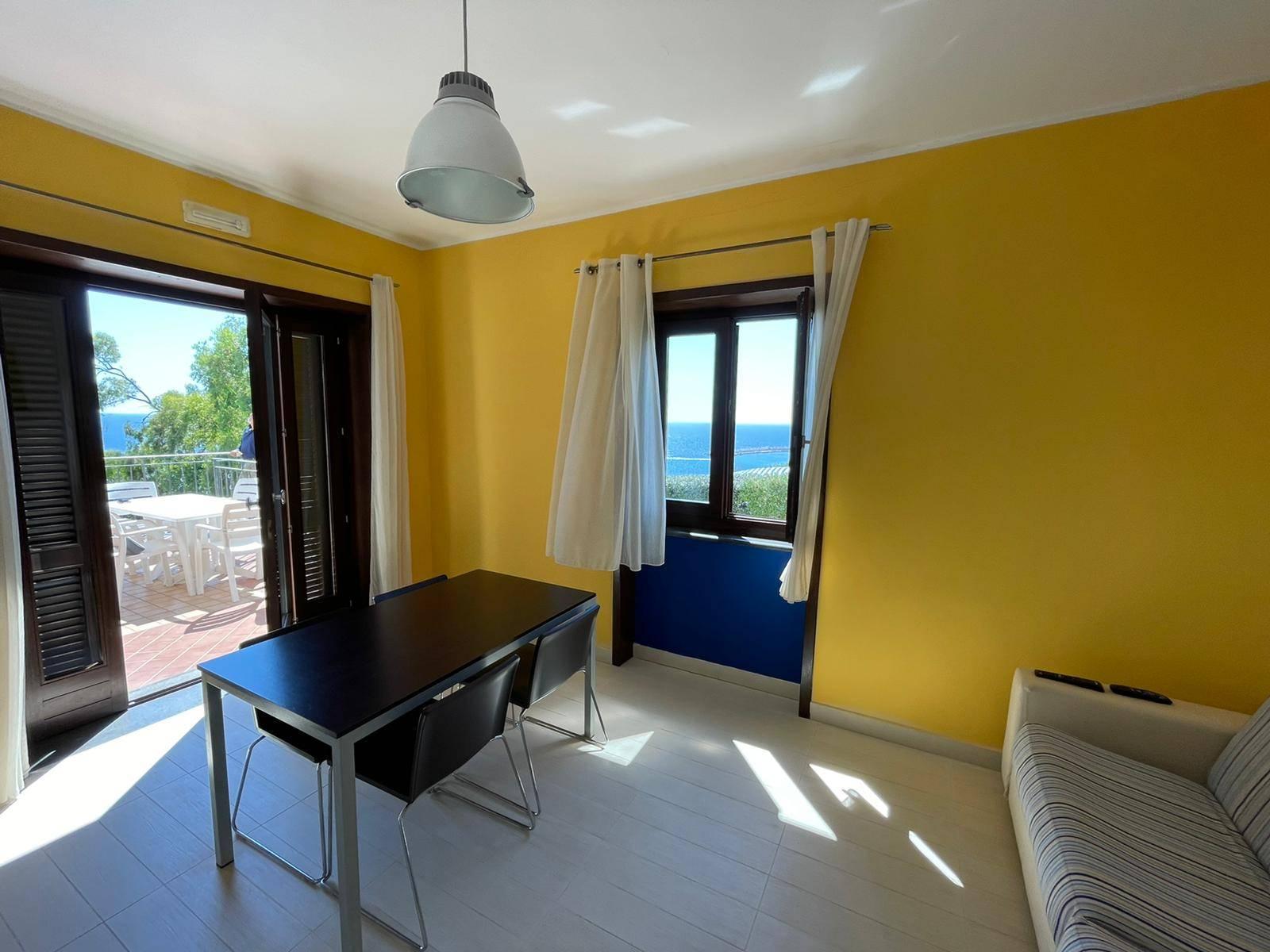 Appartamento in vendita a Pollica, 2 locali, zona aroli, prezzo € 240.000 | PortaleAgenzieImmobiliari.it