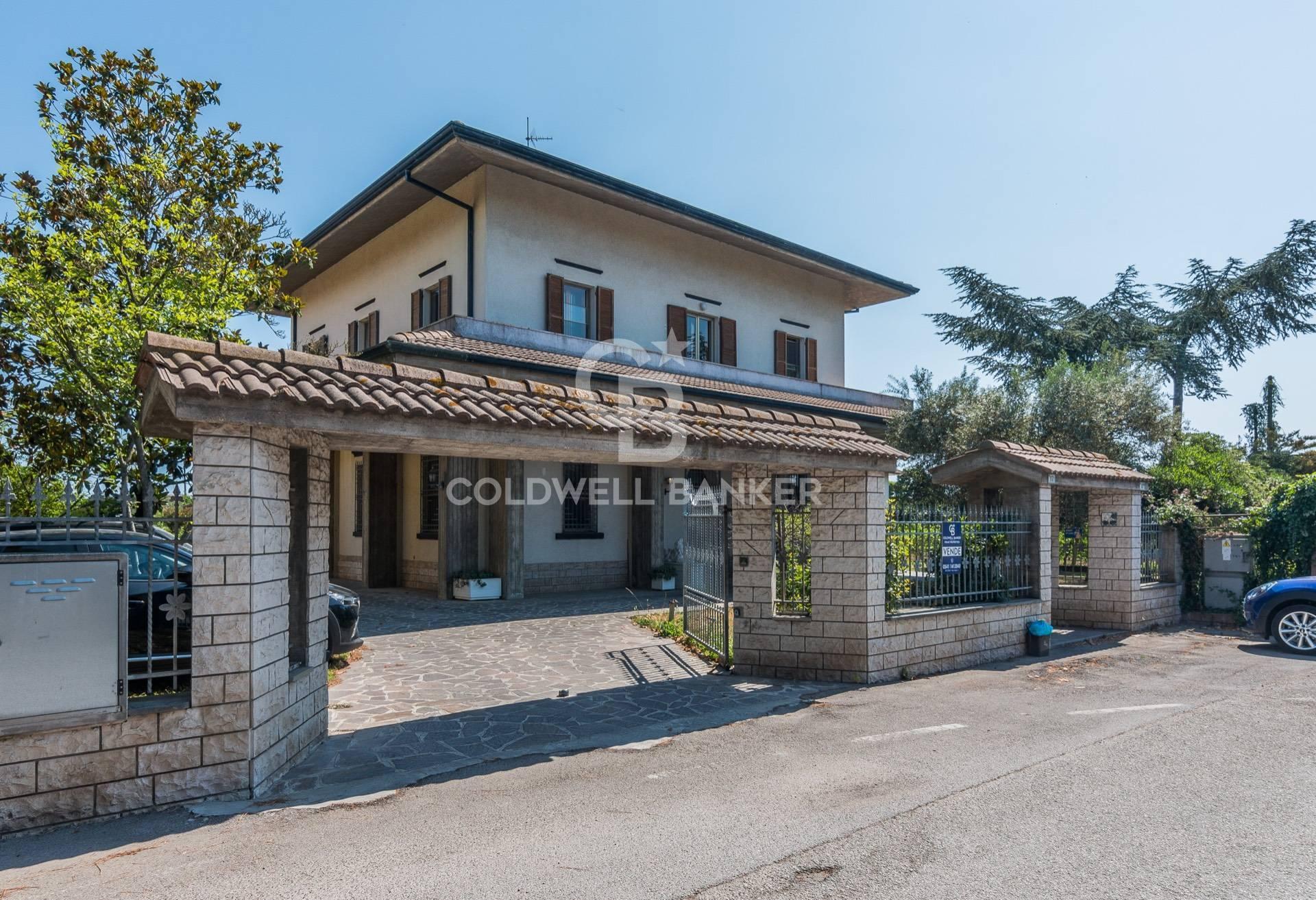 Villa in vendita a Bellaria Igea Marina, 12 locali, zona Zona: Bellaria, prezzo € 589.000 | CambioCasa.it
