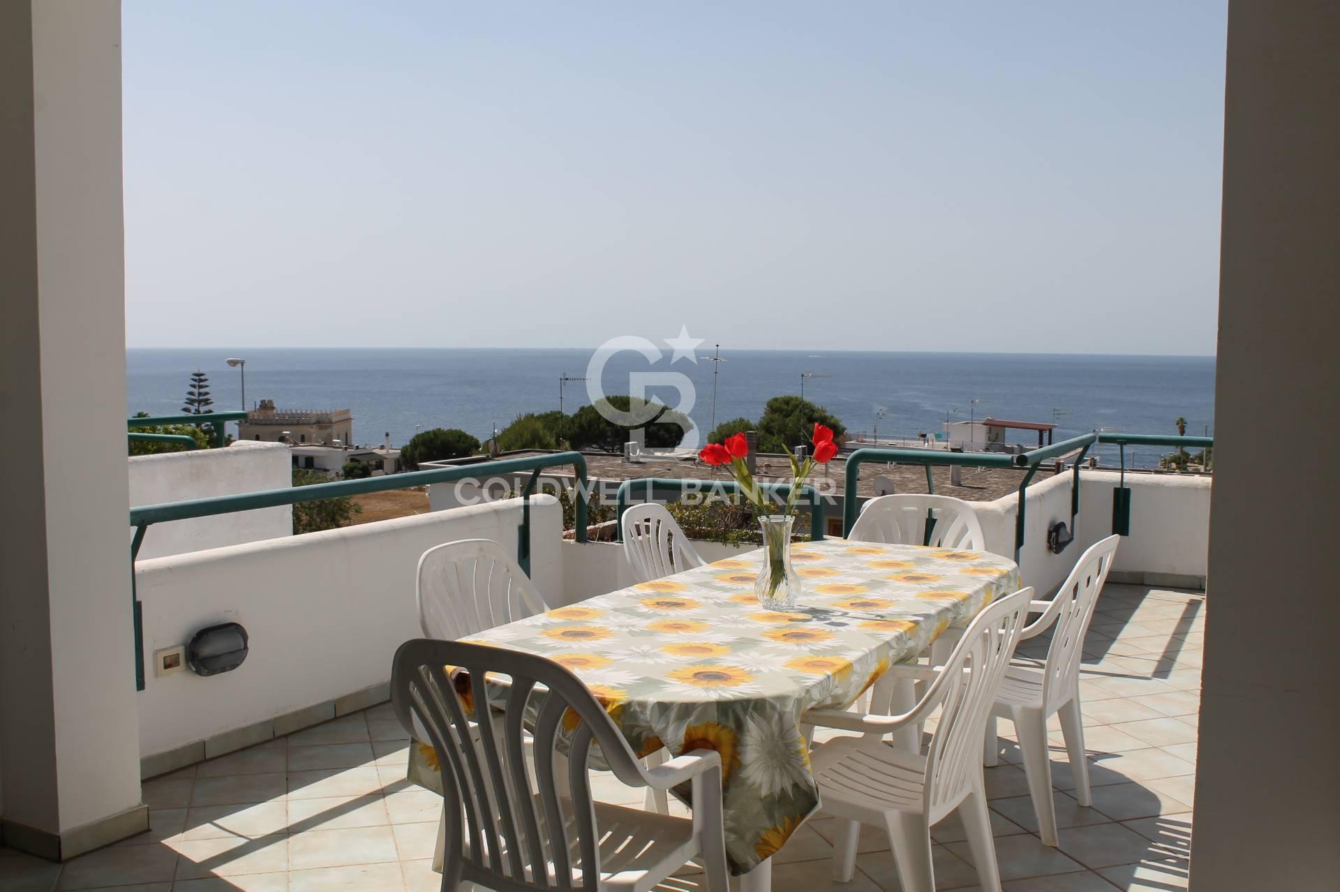 Appartamento in vendita a Santa Cesarea Terme, 5 locali, prezzo € 175.000 | CambioCasa.it