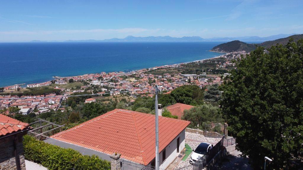 Villa in vendita a Castellabate, 3 locali, zona Località: S.aMaria, prezzo € 395.000   CambioCasa.it