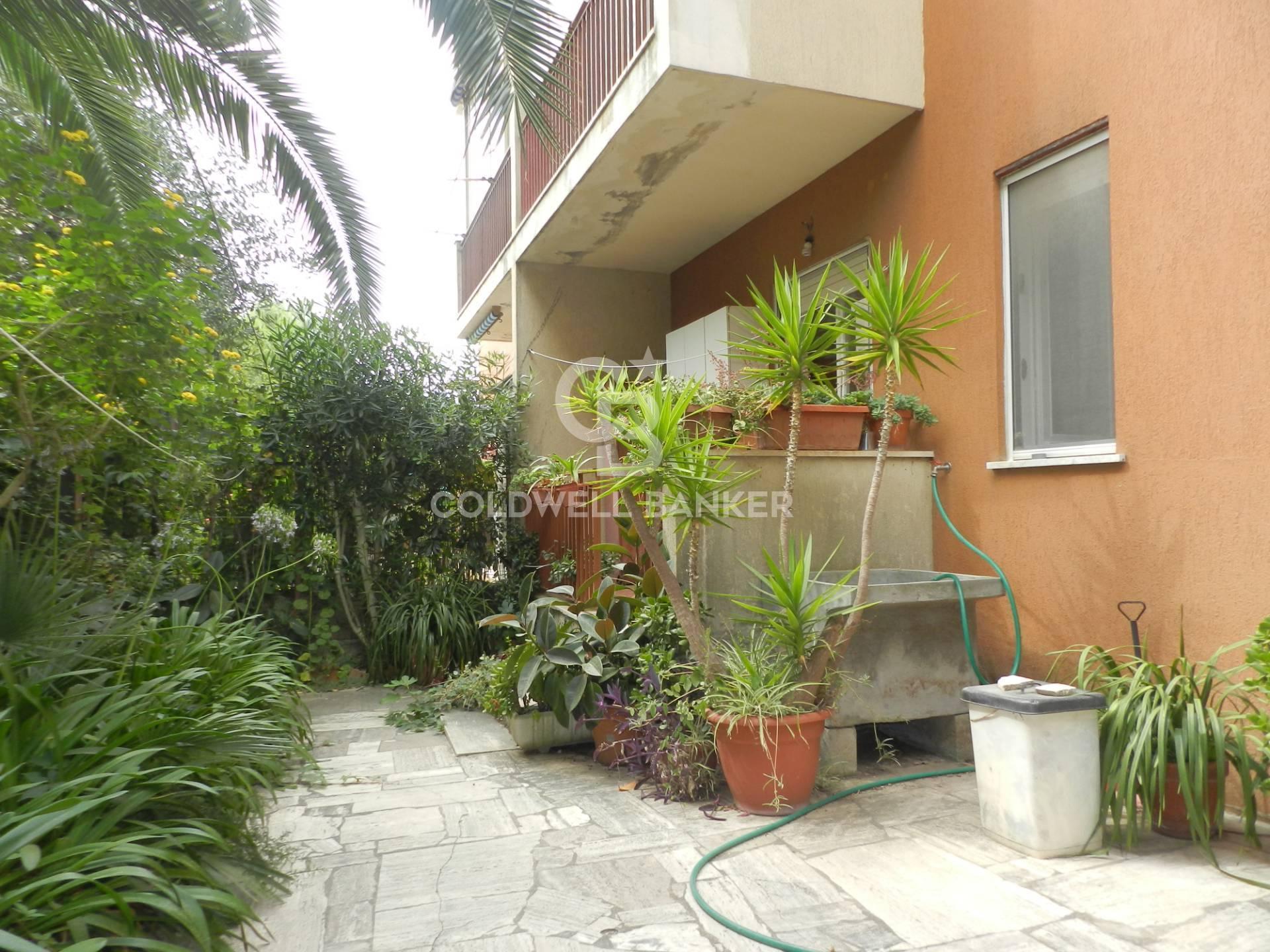 Appartamento in vendita a Santa Marinella, 3 locali, zona Località: Centro, prezzo € 165.000 | CambioCasa.it
