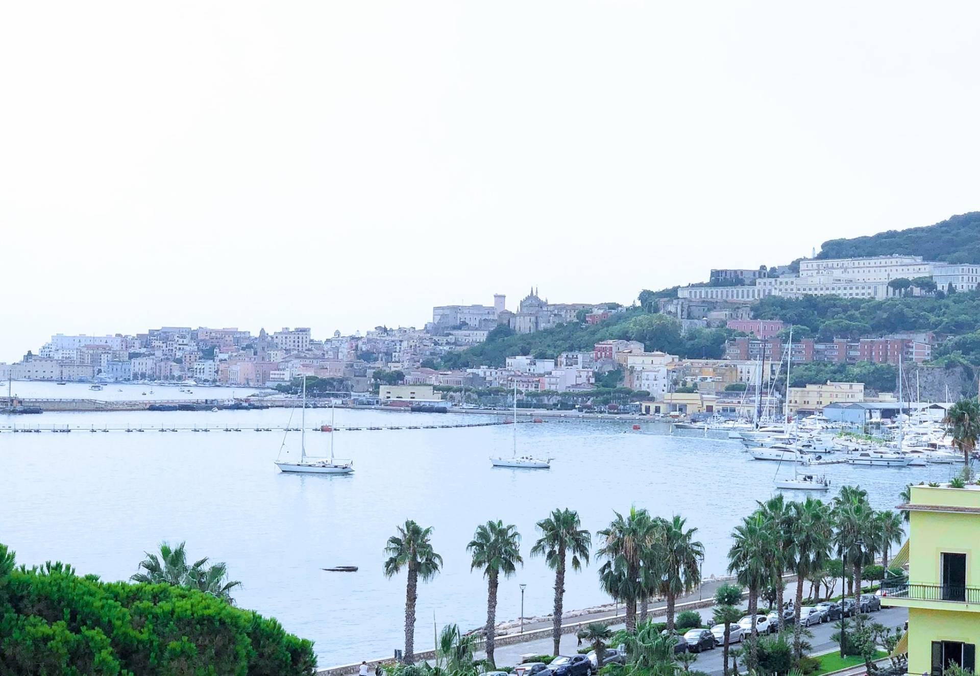 Appartamento in vendita a Gaeta, 3 locali, zona Località: Lungomarecaboto, prezzo € 265.000   PortaleAgenzieImmobiliari.it