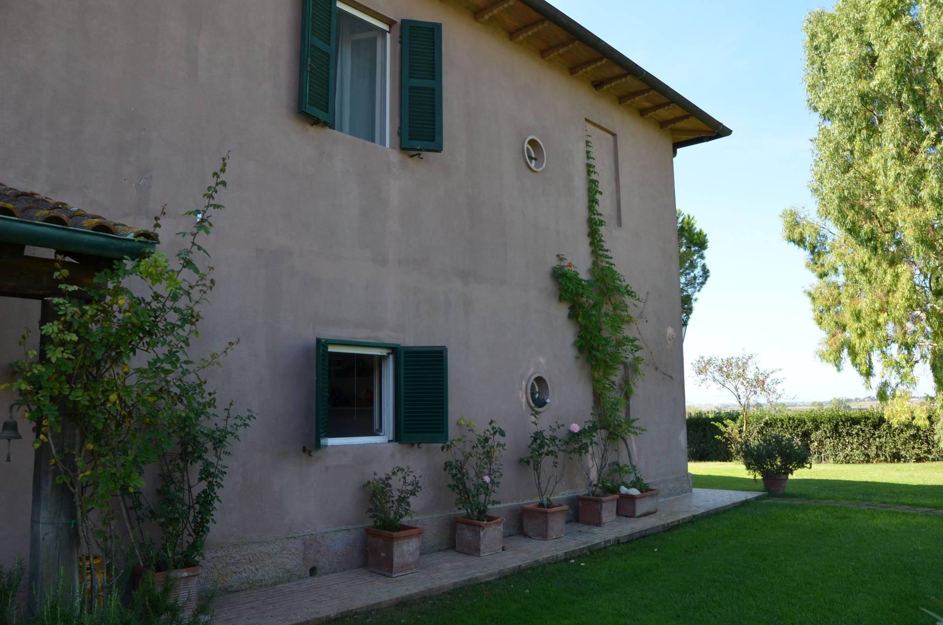 In Affitto Villa a Magliano in Toscana