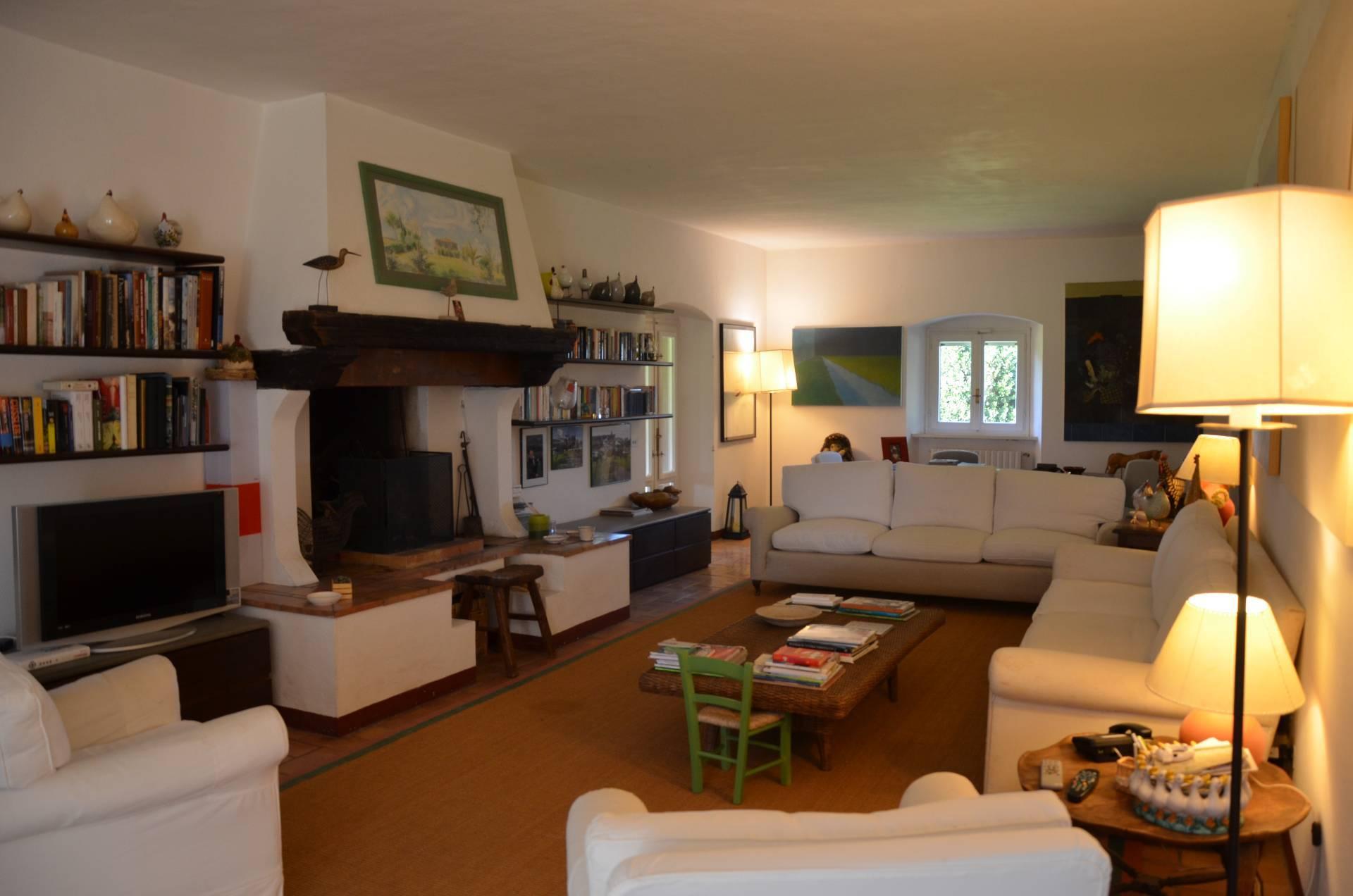 Affittasi Villa a Magliano in Toscana