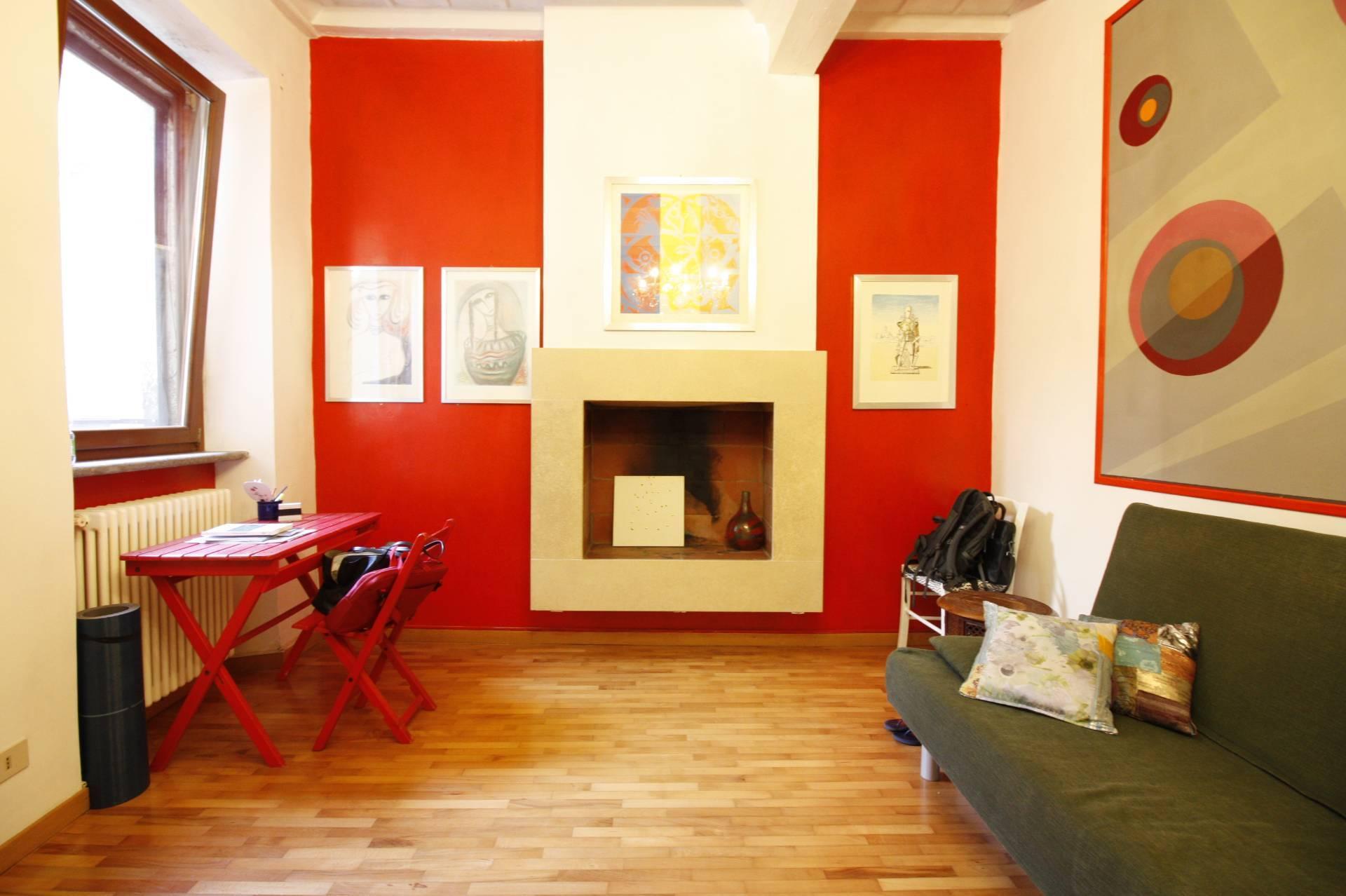 Appartamento in vendita a Ronciglione, 3 locali, zona Località: centrale, prezzo € 79.000   CambioCasa.it