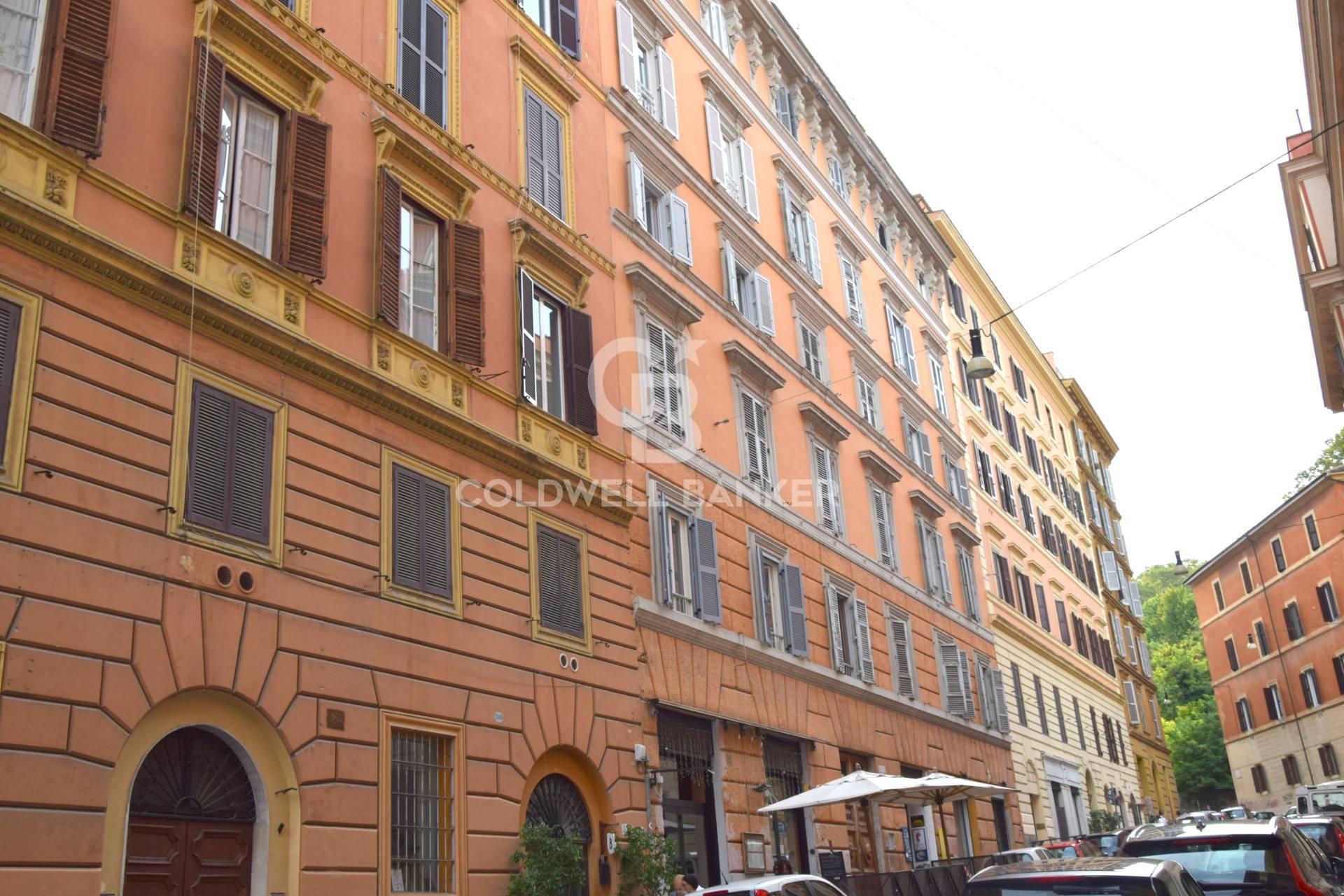 Appartamento in vendita a Roma, 3 locali, zona Zona: 25 . Trastevere - Testaccio, prezzo € 465.000 | CambioCasa.it
