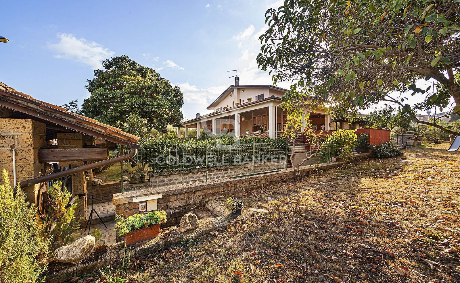 Villa in vendita a Fabrica di Roma, 5 locali, zona Località: centrale, prezzo € 219.000 | CambioCasa.it