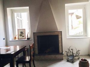 Details: Apartment Rent - Ronciglione (VT) - MLS CBI034-RO 400 affitto