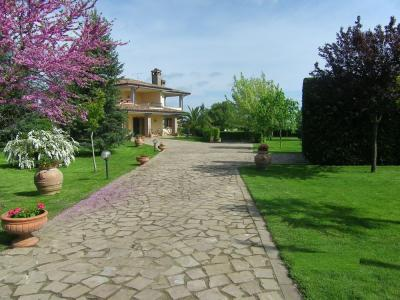 Details: Villa Sale - Viterbo (VT) | S.Barbara - Capretta - MLS CBI006-194/18