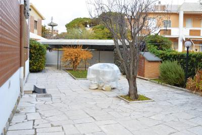 Villa quadrifamiliare in Affitto a Tarquinia