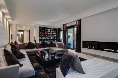 Vai alla scheda: Appartamento Vendita - Roma (RM) | Cortina dAmpezzo - MLS CBI046-198-40151