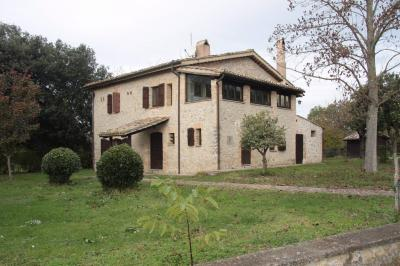 Rustico/Casale/Corte in Vendita a Roma