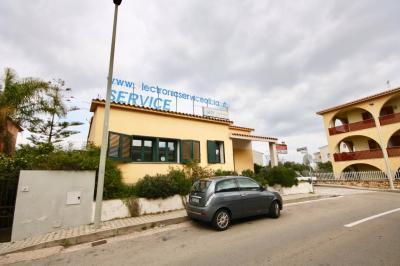 Attività commerciale in Affitto a Olbia