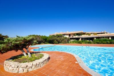 Villa a schiera in Vendita a Arzachena