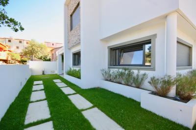Villa bifamiliare in Vendita a Olbia