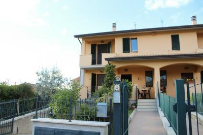 Vai alla scheda: Villa a schiera Vendita - Assisi (PG) | Palazzo - MLS CBI060-372-129671