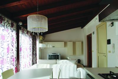 Penthouse for Sale to Taormina