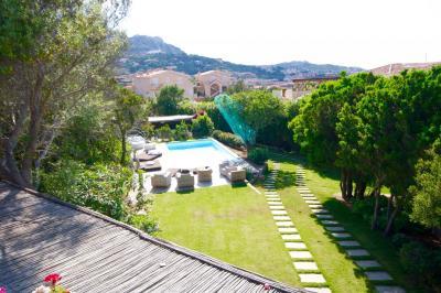 Villa bifamiliare in Vendita a Arzachena