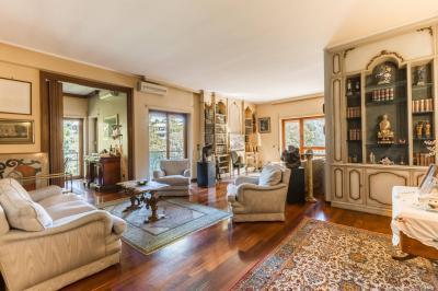 Details: Apartment Sale - Roma (RM)   Aurelio/Gregorio VII/Ubaldi/S.Pietro - MLS CBI038-251-43520FQ