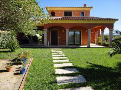 Villa in Vendita a Olbia