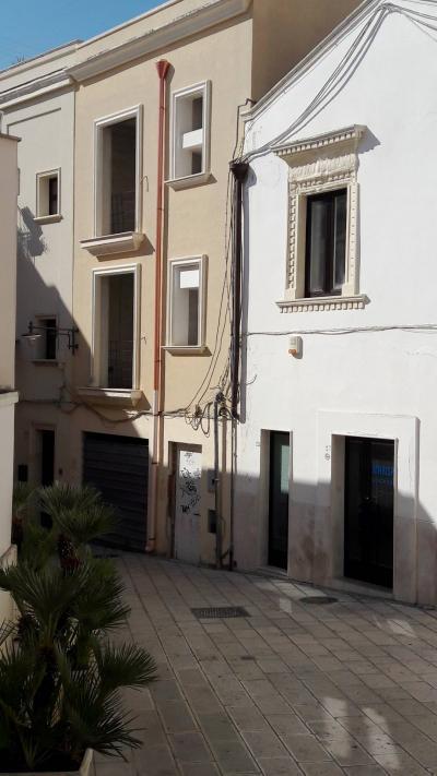 Vai alla scheda: Casa indipendente Vendita - Brindisi (BR) | Centro - MLS CBI092-AT01781138