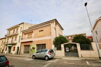 Stabile / Palazzo in Vendita a Olbia