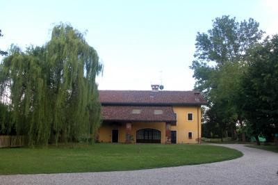 Vai alla scheda: Villa singola Vendita - Oleggio (NO) - MLS CBI031-484-V000472