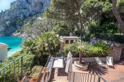 Porzione villa in Vendita a Capri