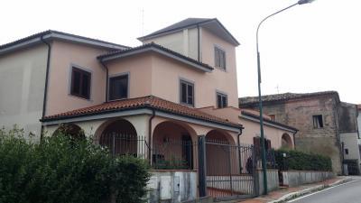 Vai alla scheda: Appartamento Vendita - Ceppaloni (BN) | San Giovanni - MLS CBI091-931- villino indipendente  con affaccio panoramico