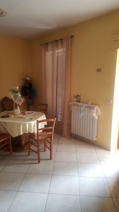 Vai alla scheda: Appartamento Vendita - Napoli (NA) | Ponticelli - MLS CBI091-949-soluzione semi - indipendente