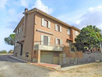 Porzione di Casa in Vendita a Tarquinia