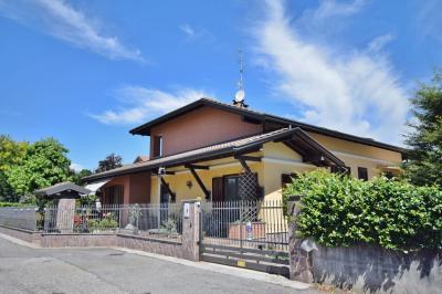 Vai alla scheda: Villa singola Vendita - Samarate (VA) | Cascina Elisa - MLS CBI003-506-hob 1200