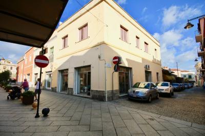 Locale commerciale in Vendita a Olbia
