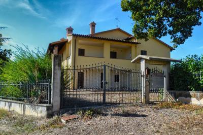 Vai alla scheda: Porzione di casa Vendita - Montefalco (PG) - MLS CBI057-316-29116