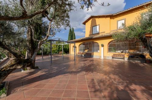 Vai alla scheda: Villa singola Vendita - Frascati (RM) - MLS CBI047-520049