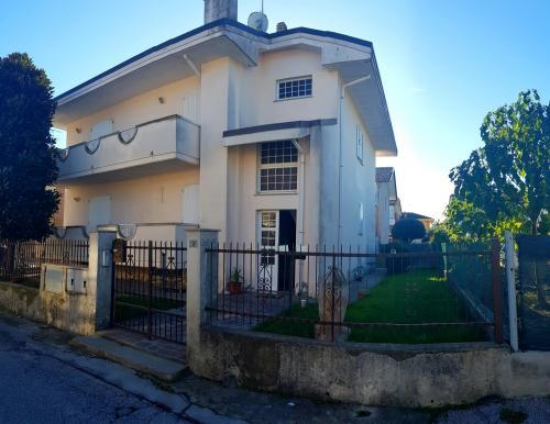 Vai alla scheda: Casa Semindipendente Vendita - Riccione (RN) | San Lorenzo in Strada - MLS CBI099-808-Via Lodi
