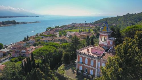 Vai alla scheda: Villa storica Vendita - Ameglia (SP) | Bocca di Magra - MLS -CBI085-876-3404