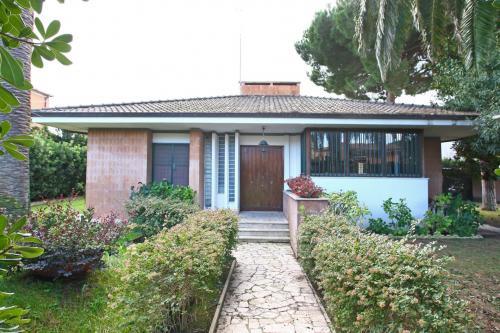 Villa for Sale to Anzio
