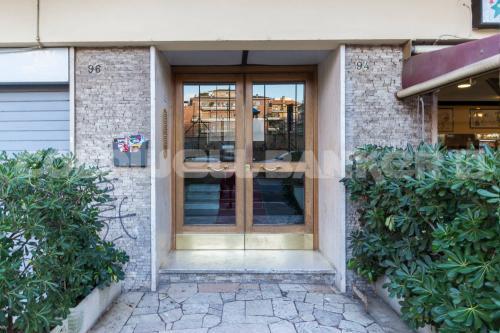 Details: Apartment Rent - Roma (RM) - MLS CBI072-EX1257