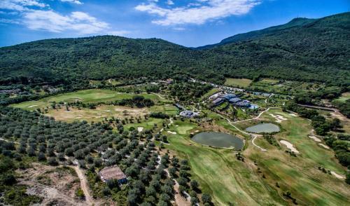 Vai alla scheda: Villa singola Vendita - Monte Argentario (GR) | Porto Ercole - MLS CBI007-87-V377