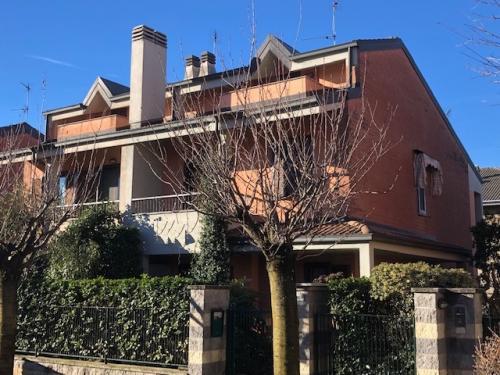 Vai alla scheda: Villa singola Vendita - Busto Arsizio (VA) | Cimitero - MLS CBI003-502-HOB 1322