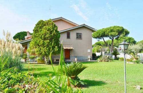 Vai alla scheda: Villa o villino Vendita - Roma (RM) | Casalpalocco - MLS CBI103-1066-01/18