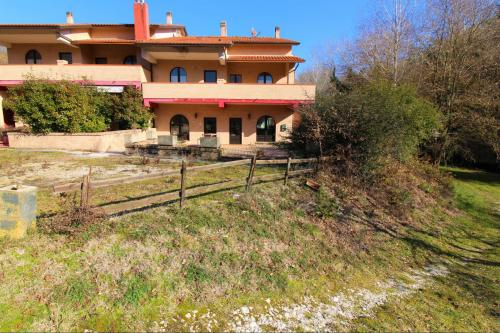 Vai alla scheda: Casa Semindipendente Vendita - Assisi (PG) - MLS CBI060-372-v001944