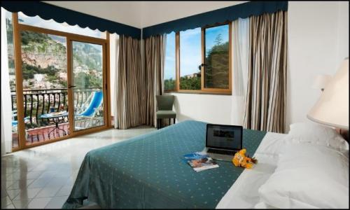Vai alla scheda: Appartamento Vendita - Positano (SA) - MLS CBI100-143-2222FC