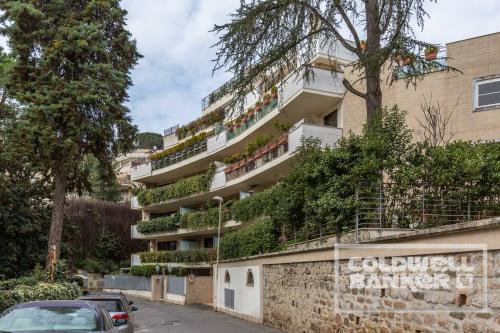 Vai alla scheda: Appartamento Vendita - Roma (RM) | Cortina dAmpezzo - MLS CBI048-182-3006