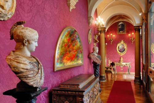 Details: Apartment Sale - Bologna (BO) | Centro storico - MLS CBI082-RMFS43
