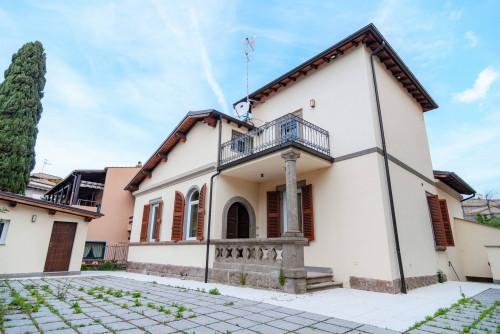 Vai alla scheda: Villa singola Vendita - Viterbo (VT) | Semicentro - MLS CBI006-11-49/19